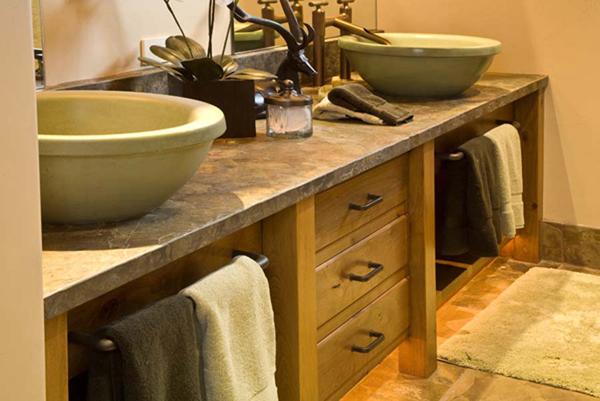 Bathroom_Milgard_2005_5
