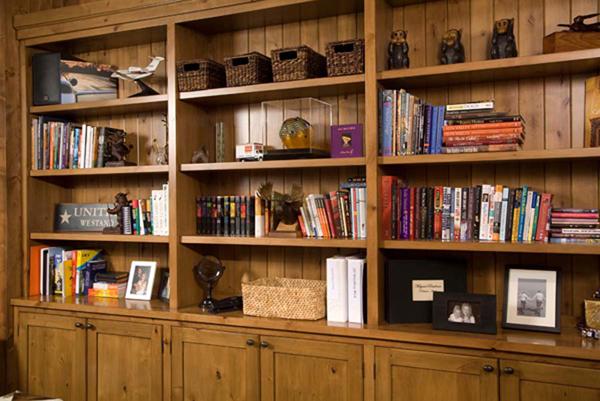 Bookcase_Milgard_2000_