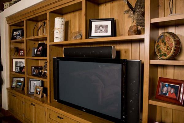 TV_Cabinet_Milgard_2005_5